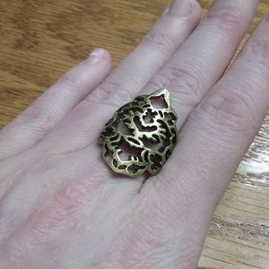 Jewelry - Gold/Bronze Size 7-7.5 Ring